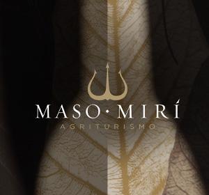 <span>Agriturismo Maso Mirì</span><i>→</i>